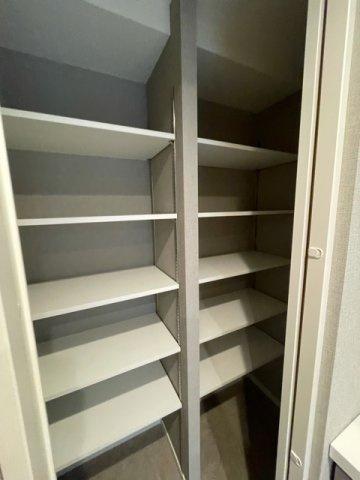 洗面所の収納!!これだけあれば、ストックが満足いくまでおけます。 備蓄庫としても大活躍すること間違いなし。