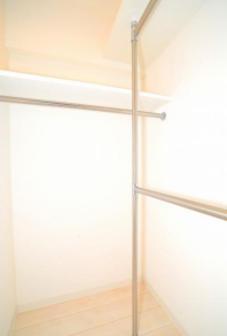 【収納】グランドコンシェルジュ三宿アジールコート(グランドコンシェルジュミシュクアジールコート)