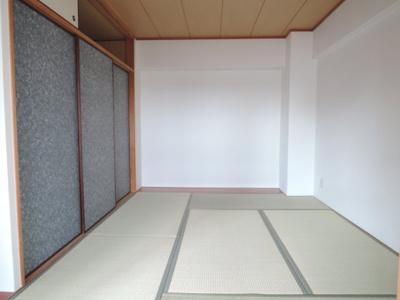 【寝室】アロンジェビラージュ