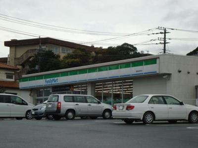 ファミリーマート鹿島神宮前店まで453m