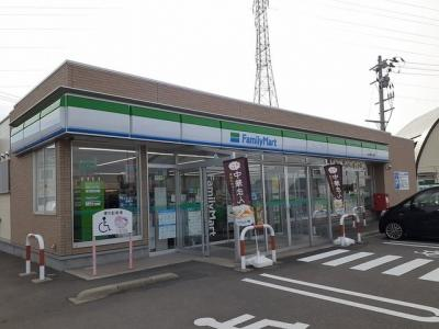 ファミリーマート秋田能代大瀬店まで294m