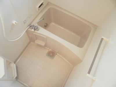 A101 バスルームです。