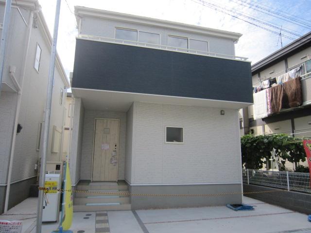 新築一戸建て 全2棟 勝田台北3丁目 リビングにタタミコーナーのある家,駅まで徒歩8分の立地!仲介手数料無料です。