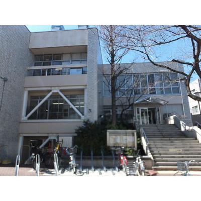 図書館「高円寺図書館まで602m」高円寺図書館