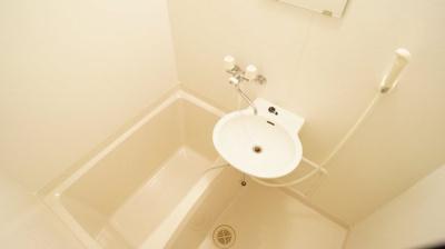お風呂・トイレ セパレートタイプです。