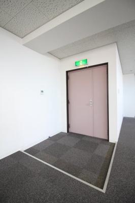 【玄関】メインステージ本山