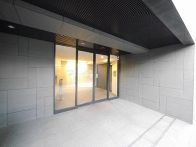 【エントランス】グランド・ガーラ桜木町駅前~仲介手数料無料キャンペーン