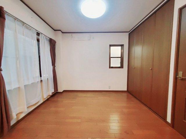 【3階:洋室4.5帖】