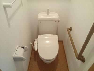 【トイレ】パインコ-ンA