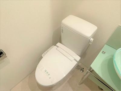 【トイレ】SERENiTE堺筋本町SUD