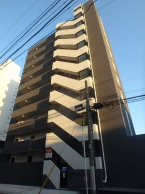 川崎駅徒歩圏内の築浅マンションです。