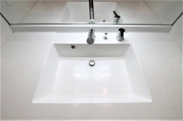【独立洗面台】すっきりとした洗面台です!