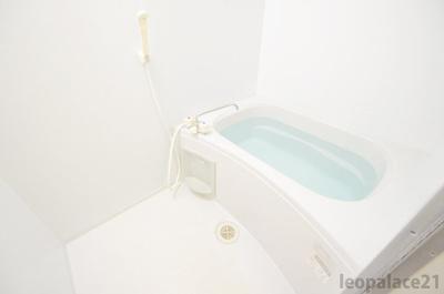 【浴室】レオパレスいわはし