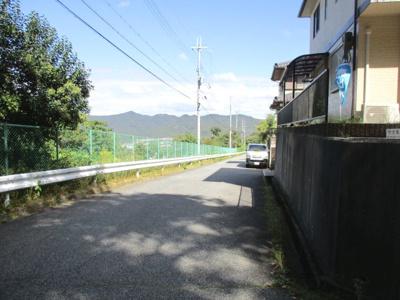 【前面道路含む現地写真】神戸市北区大原1丁目中古戸建