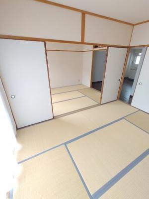 【寝室】ロイヤルハイツ東山