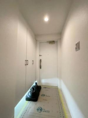 ライオンズガーデン西葛西マリーナ弐番館の玄関廊下です。
