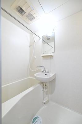 【浴室】ステージファースト三軒茶屋アジールコートⅡ