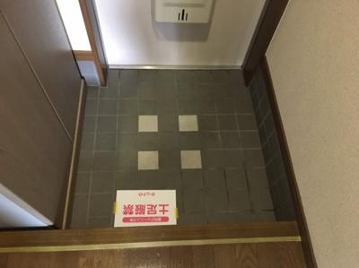 ゆったりとした玄関です 【COCO SMILE】