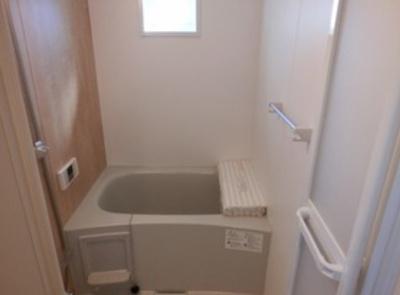 【浴室】La Ville 春日町
