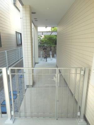 【エントランス】ミニョン若林 駅近 築浅 バストイレ別 浴室乾燥機