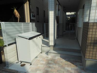 【設備】ミニョン若林 駅近 築浅 バストイレ別 浴室乾燥機
