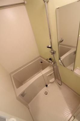 【浴室】フォーリアライズ大阪ウエストベイ