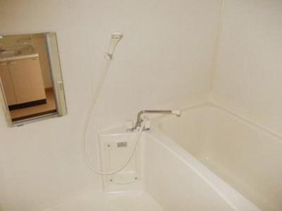 【浴室】メゾン卯の里D