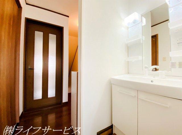 2階/洗面化粧台・2019年に新調済
