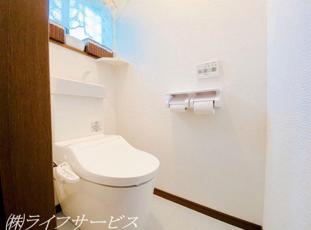 2階/温水洗浄便座付トイレは2019年に新調済