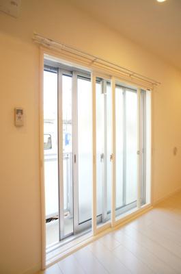 「明るい居室スペース」
