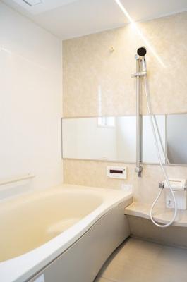 洗面所の写真です♪ 新調しておりますのでとてもきれいですよ♪