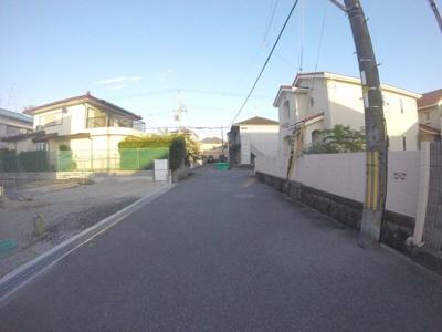 【前面道路含む現地写真】末成町新築戸建 2号棟