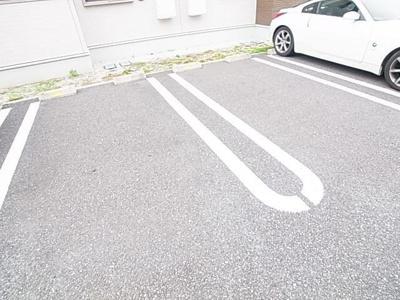 【駐車場】槇の木 サニーハウス3号館