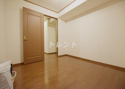 【洋室】リバーアンドタワー【RIVER&TOWER】