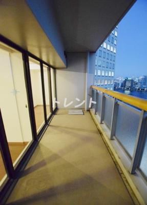 【バルコニー】リバーアンドタワー【RIVER&TOWER】