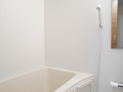 【浴室】アン・ヴィラージュ