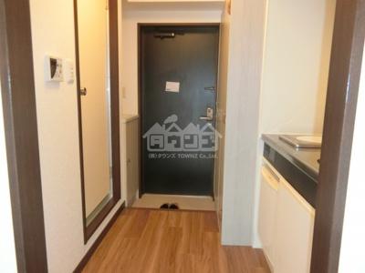 キッチン前廊下・パークアヴェニュー新宿西