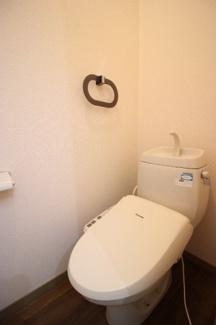 トイレも気になるポイント 温水洗浄便座付(同タイプの写真)
