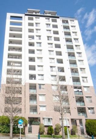 13階部分の南東向きにつき陽当り・眺望良好 家具・エアコン付き 新規内装リノベーション 住宅ローン減税適合物件