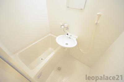 【浴室】レオパレス第2仙北駅前