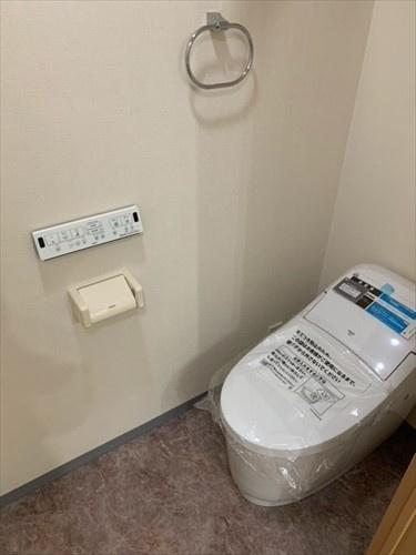 トイレ新規交換しました