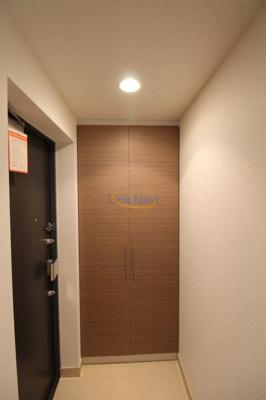【玄関】インザグレイス天神橋