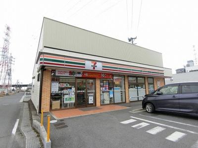 セブンイレブン福田店まで900m
