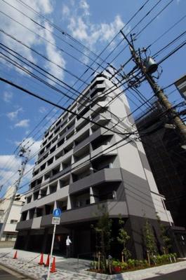 京浜急行本線「生麦」駅より徒歩6分のマンションです。