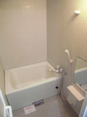 【浴室】ヴィヴァン A