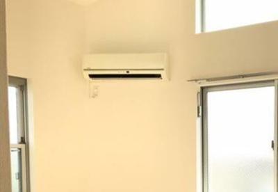 お引越し費用も抑えられるエアコン付