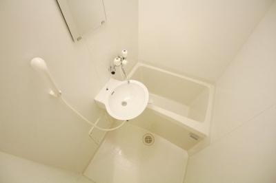 浴室乾燥機つきなので、雨の日も安心です