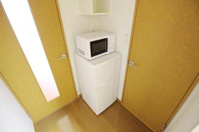 電子レンジ・冷蔵庫 完備