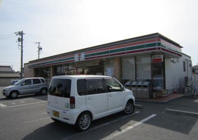 セブンイレブン吉良上横須賀店まで700m