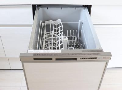 (同仕様写真)食洗機付きキッチンで奥様の家事も捗ります